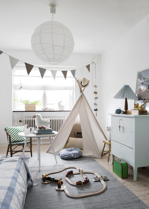 Kids-room-with-a-teepee