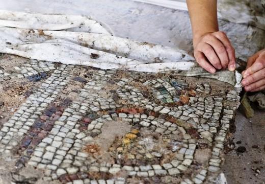 Стабилизират мозайките от Голямата базилика в Пловдив