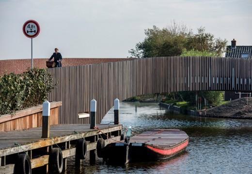 Мост на прилепите в Холандия