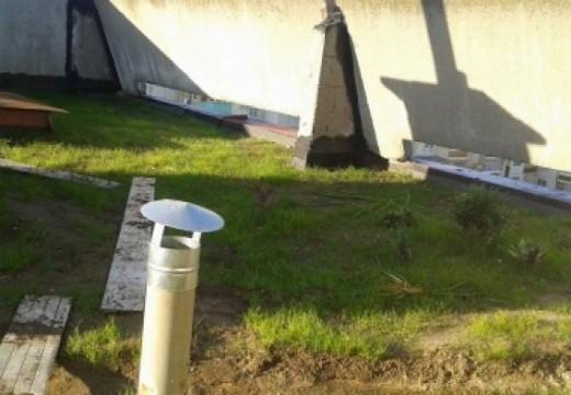 Зелен покрив на панелен блок в Русе