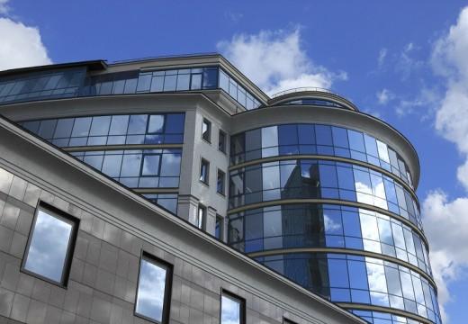 През 2016 г. продължава силният пазар на строителни парцели
