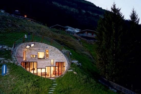 Землянка… Страхотна вила в Швейцария