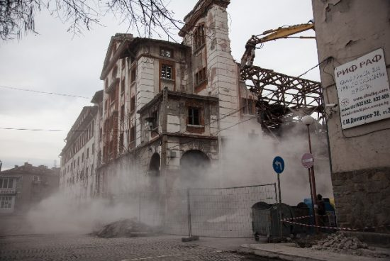 Искали са да бутнат тютюневите складове в Пловдив още през 2010 г.