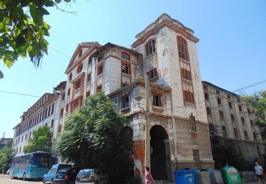 Вежди Рашидов подписа заповед за възстановяване на тютюневият склад в Пловдив