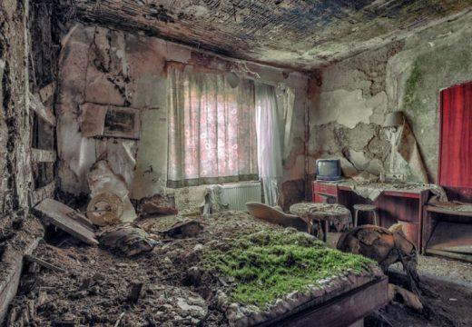 Скритите истории на изоставените постройки