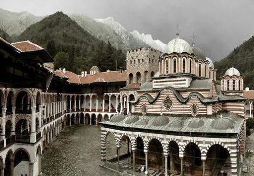 Строителни и архитектурни културни паметници в България със световно значение