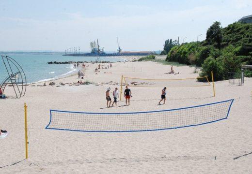Централният плаж в Бургас открива сезона на 1 юни