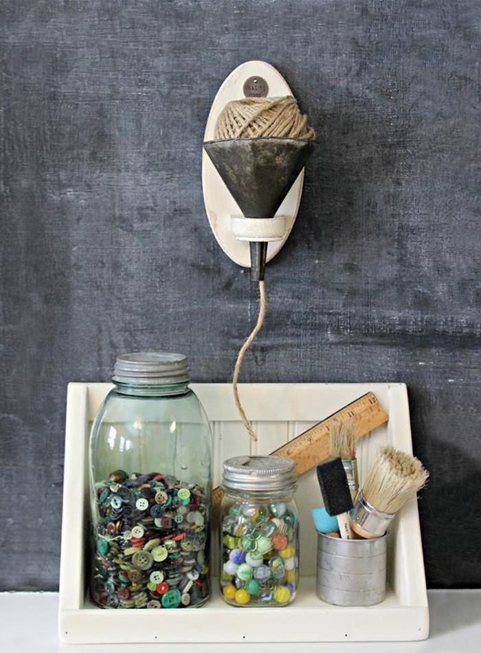 AD-DIY-Repurpose-Old-Kitchen-Stuff-43