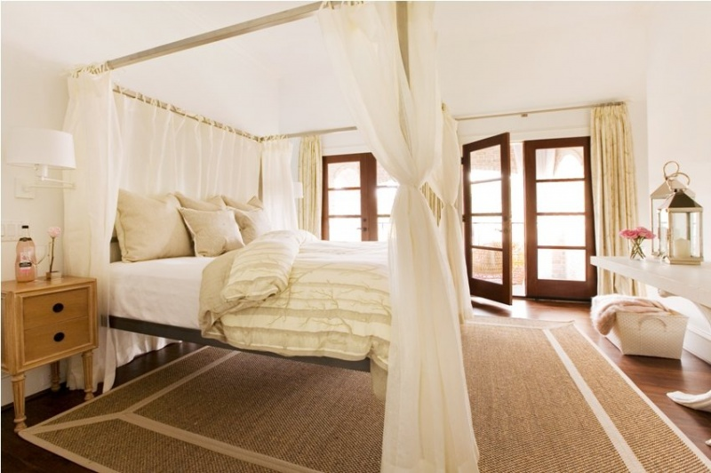 Bed-canopy-frames