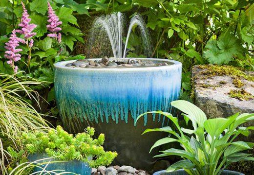Как да си направим фонтан от саксии