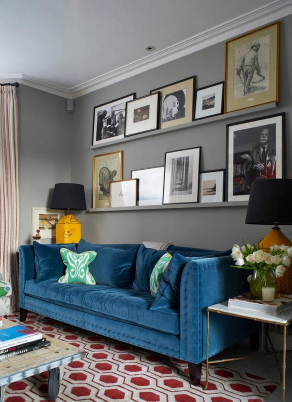 fashionable-living-room-design-in-minimalist-style-also-frame-on-simple-wall-shelves-including-turquoise-sofa-also-gray-painting-wall