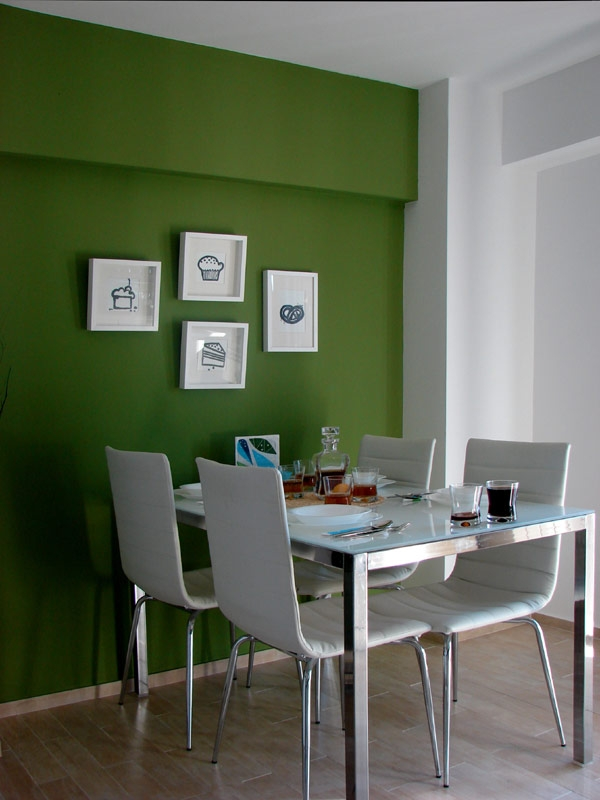 Sophisticated apartments minimalist dining room with metal dining table and - Ostaiavegia