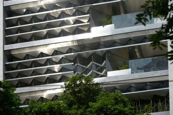 Стара офис сграда превърната в екологичен рай