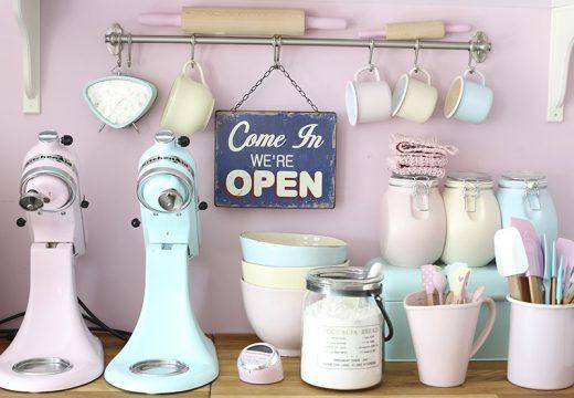20+ идеи за кухни в пастелни цветове