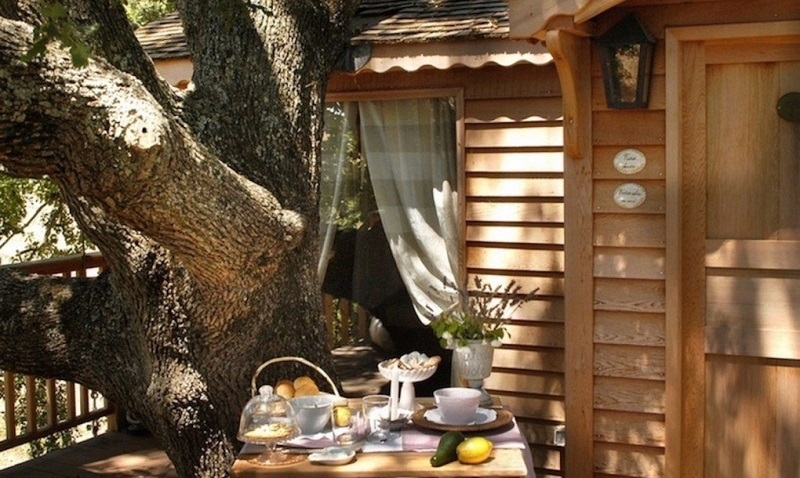 Farmhouse-La-Piantata-treehouse-3-1020x610