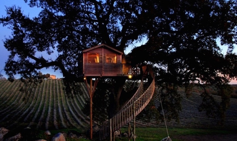 Farmhouse-La-Piantata-treehouse-8-1020x610