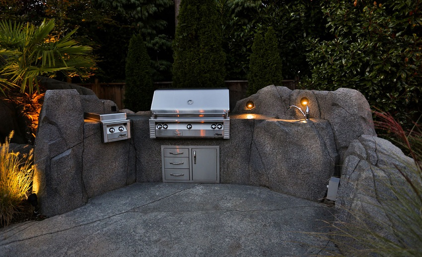outdoor-kitchen-lighting-2