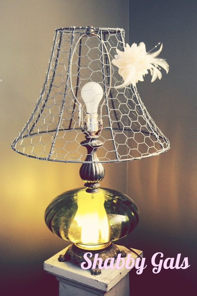 Chicken-Wire-Craft-Ideas-Wire-lampshade