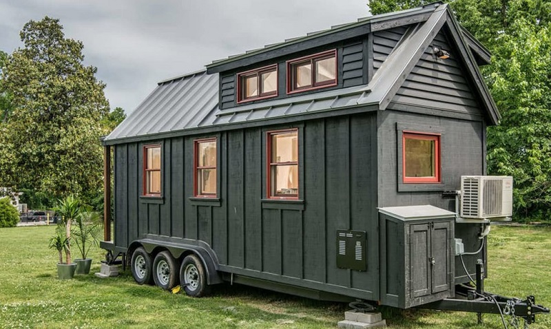 New-Frontier-Tiny-Homes-3-1020x610