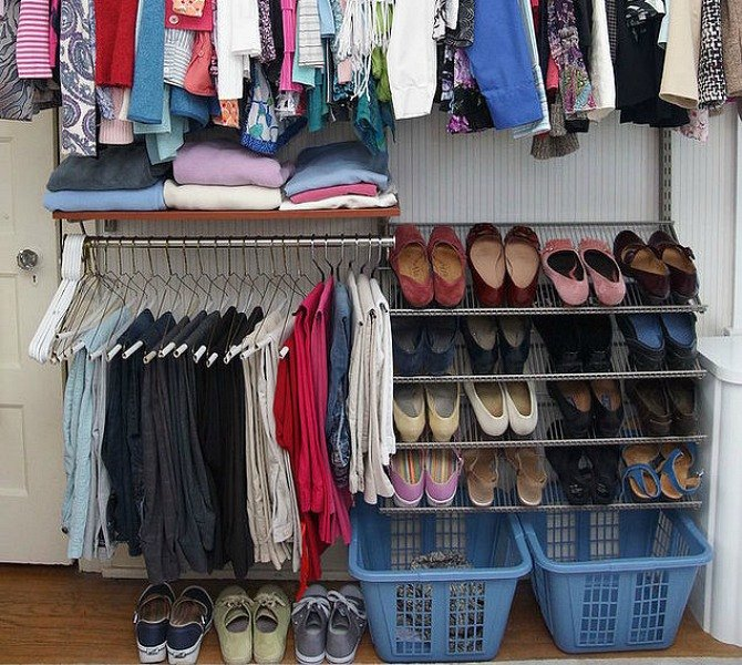 s-16-brilliant-ways-to-squeeze-much-more-into-your-closet-closet-organizing-storage-ideas (11)