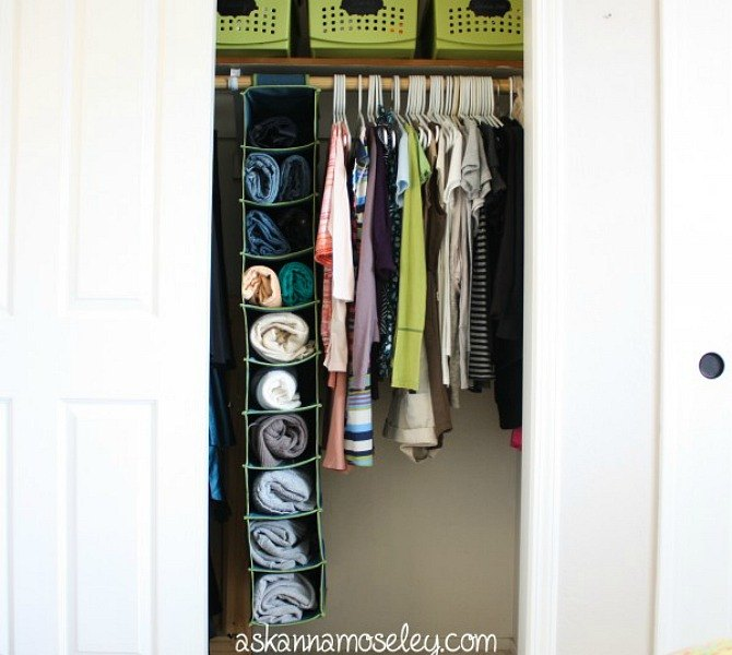 s-16-brilliant-ways-to-squeeze-much-more-into-your-closet-closet-organizing-storage-ideas (2)