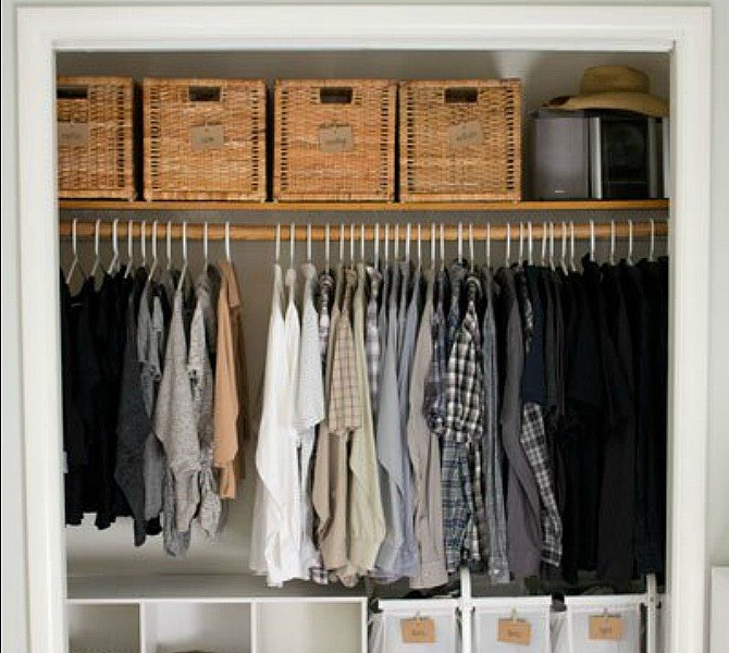 s-16-brilliant-ways-to-squeeze-much-more-into-your-closet-closet-organizing-storage-ideas (4)