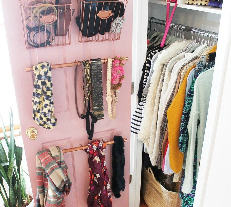 s-16-brilliant-ways-to-squeeze-much-more-into-your-closet-closet-organizing-storage-ideas (9)