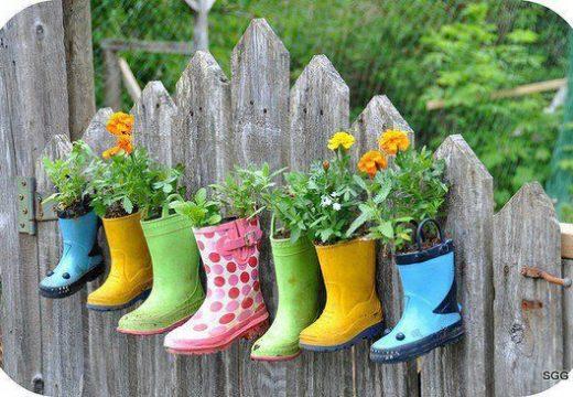 55 идеи за цветята в двора и на терасата