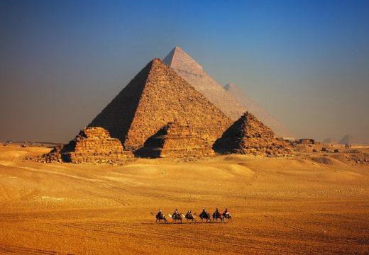 Реновират местността около пирамидите в Египет за 40 млн. долара