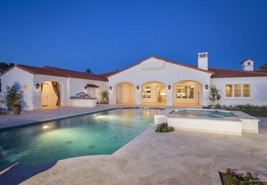 Майкъл Фелпс се пенсионира в луксозно имение