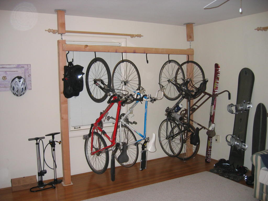 multiple bicycle compression rack living room