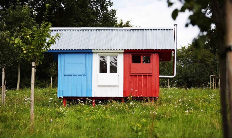 tiny-house-france-by-joshua-woodsman-1-1020x610
