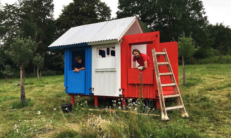tiny-house-france-by-joshua-woodsman-22-1020x610