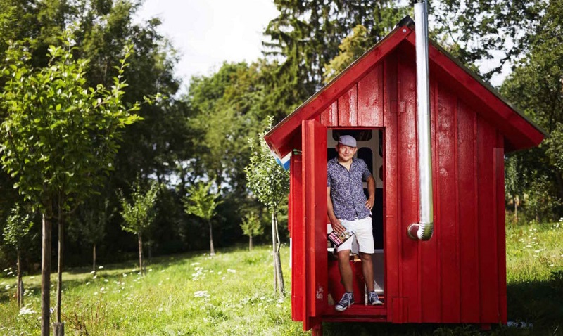 tiny-house-france-by-joshua-woodsman-3-1020x610