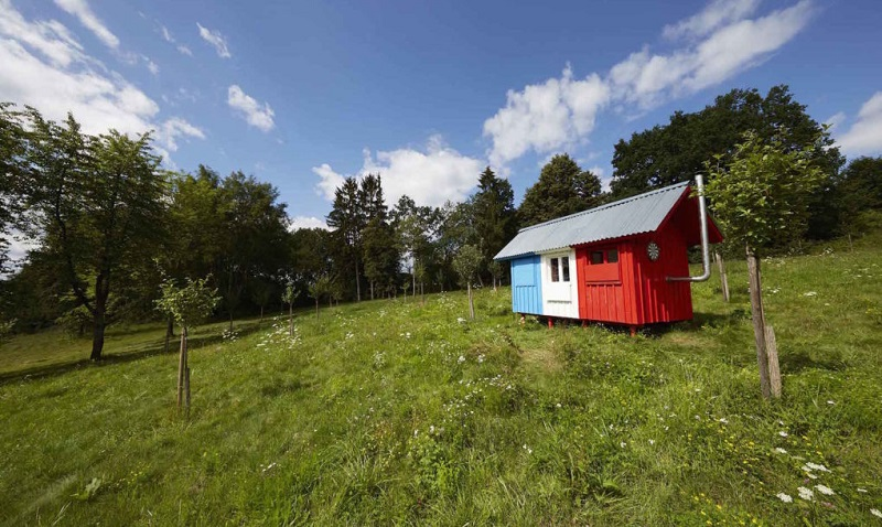 tiny-house-france-by-joshua-woodsman-5-1020x610