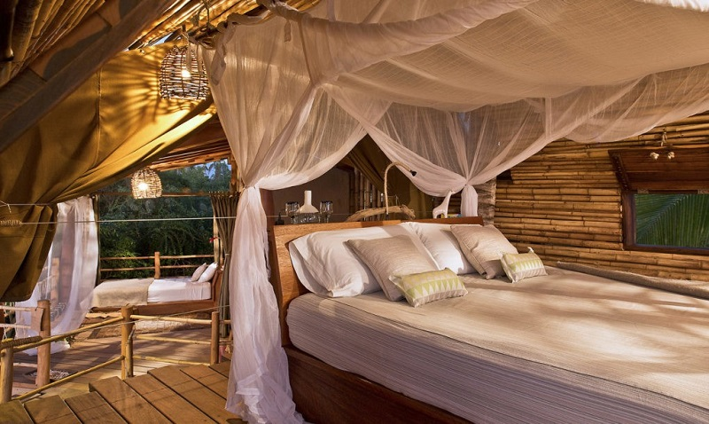 playa-viva-treehouse-bedroom-1020x610