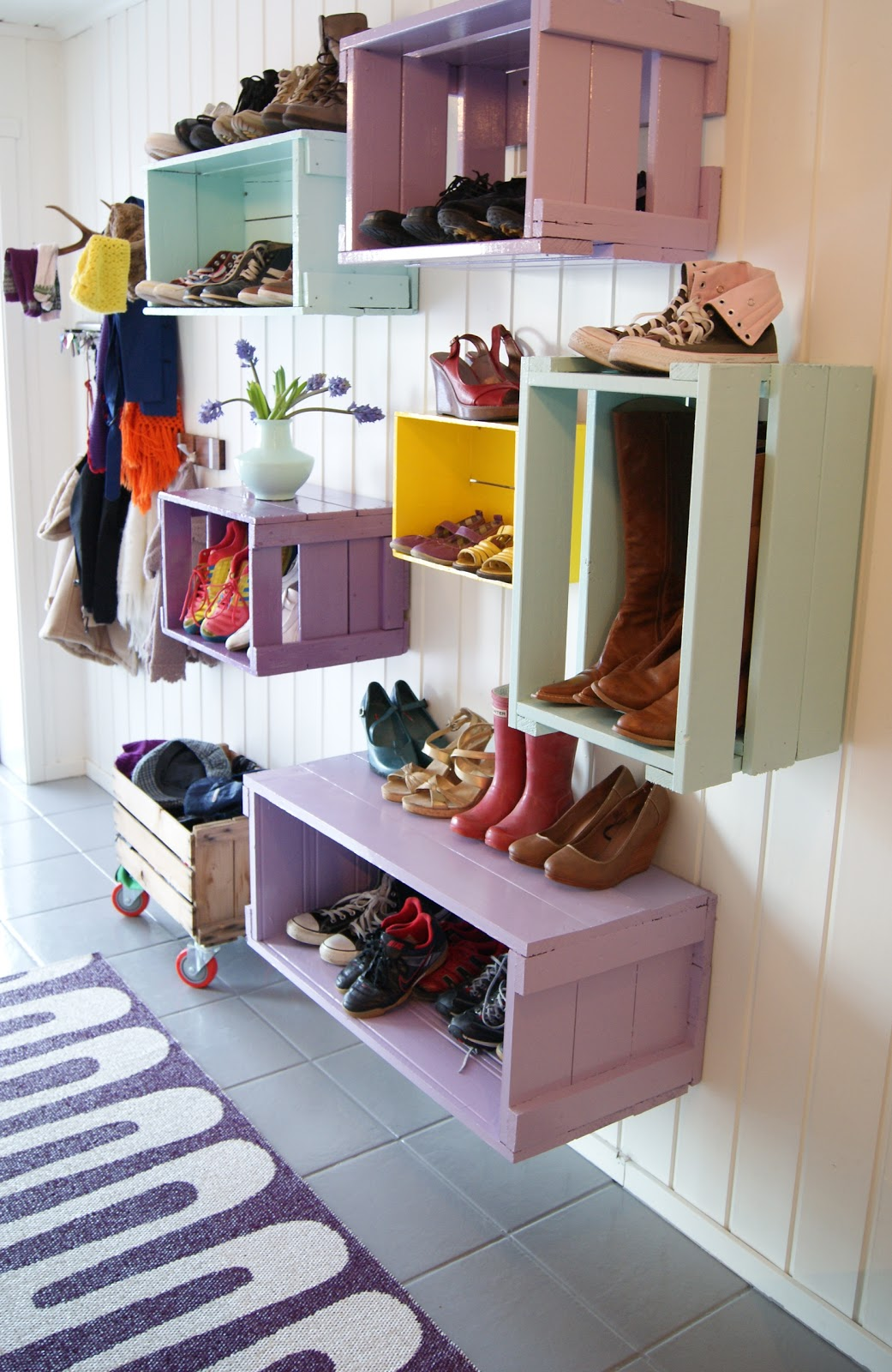 08-diy-wood-crate-projects-homebnc