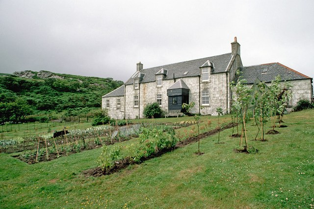 dam-images-architecture-2014-09-writers-houses-famous-writers-homes-02-george-orwel