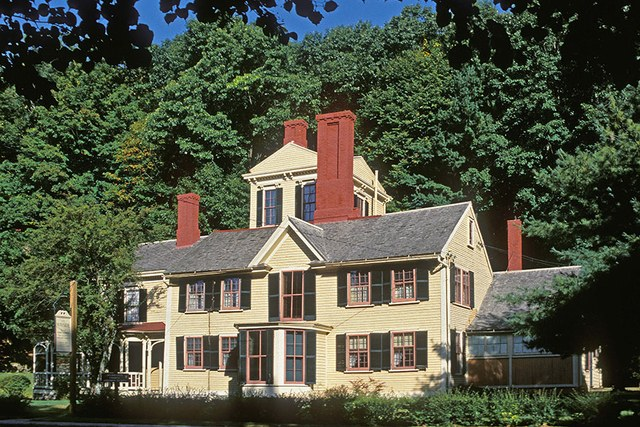 dam-images-architecture-2014-09-writers-houses-famous-writers-homes-09-nathaniel-hawthorne