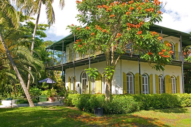 dam-images-architecture-2014-09-writers-houses-famous-writers-homes-10-ernest-hemingway