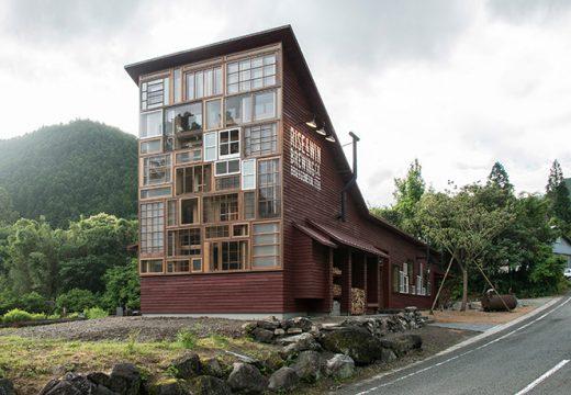 Сграда построена на 100% от рециклирани материали