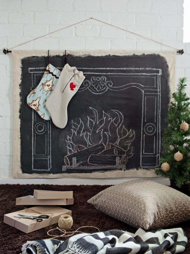 christmas-mantel-decorating-ideas-31-1-kindesign