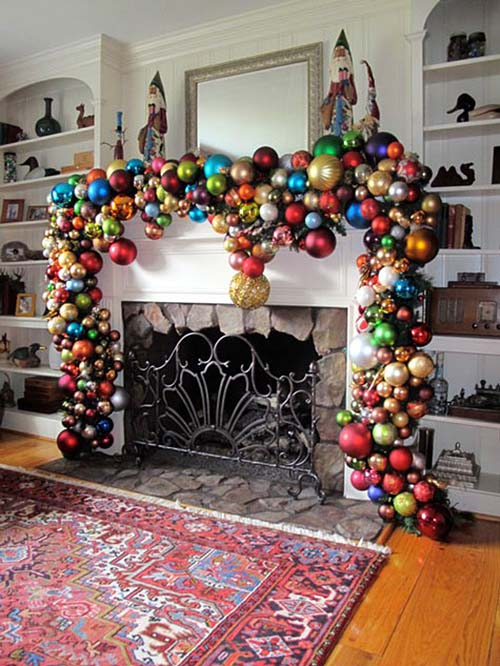 christmas-mantel-decorating-ideas-35-1-kindesign