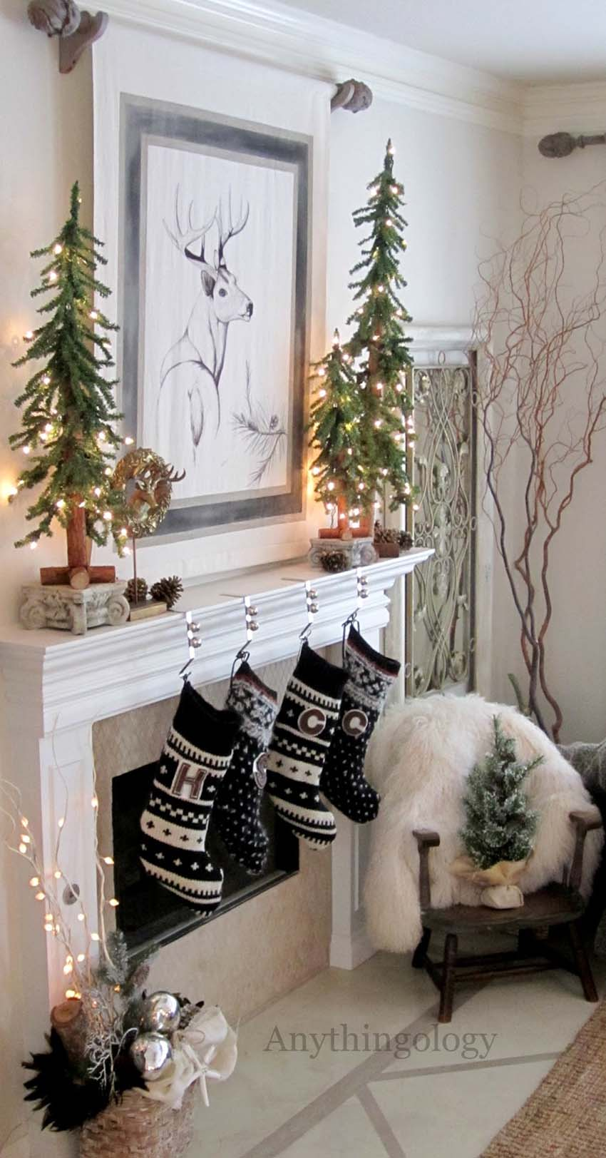 christmas-mantel-decorating-ideas-55-1-kindesign