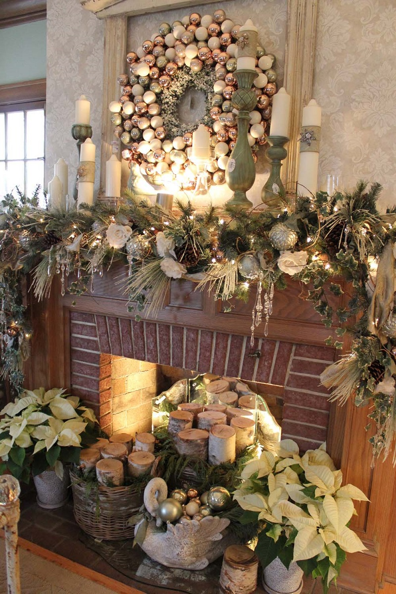 christmas-mantel-decorating-ideas-57-1-kindesign