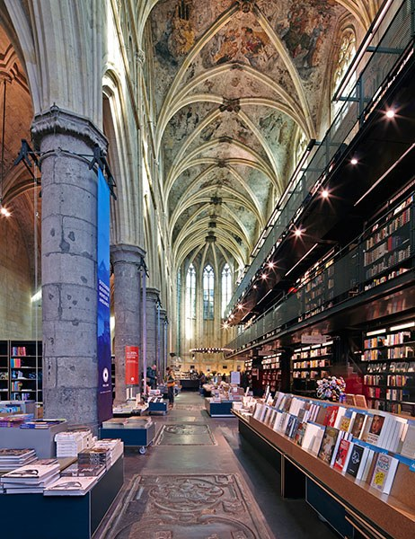 dam-images-travel-2015-bookstores-most-beautiful-bookstores-around-the-world-01