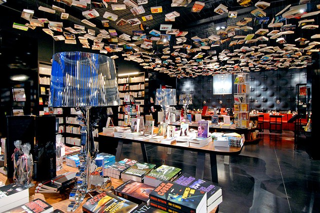 dam-images-travel-2015-bookstores-most-beautiful-bookstores-around-the-world-03