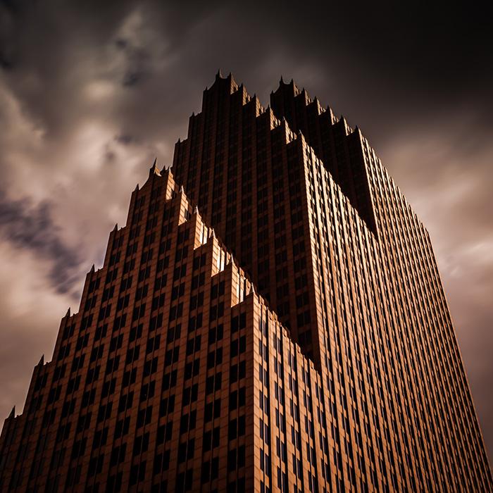 evil-buildings-57-585b839c5bf62__700