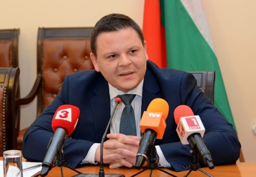 Министър Алексиев: Стартираме жп проекти на стойност 700 млн. евро