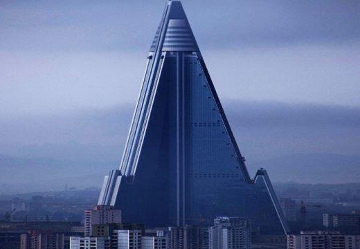 Най-високата изоставена сграда в света